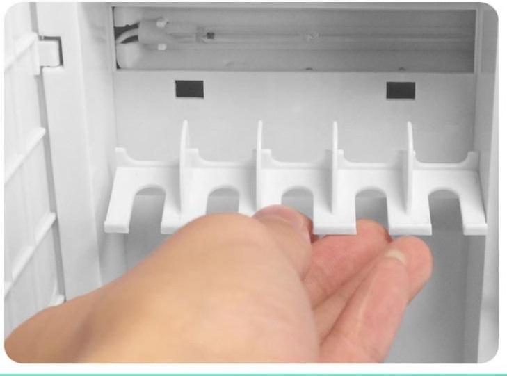 Máy Tiệt Trùng Bàn Chải Đánh Răng Treo Tường Diệt Khuẩn UV - Mã YSXDQ-08